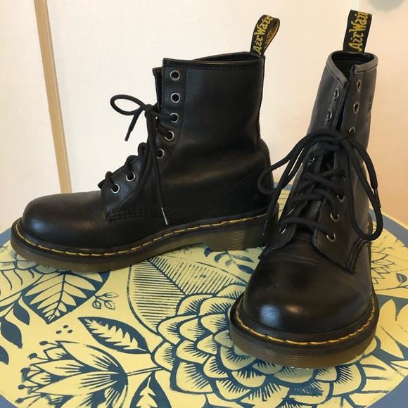 Dr Marten 1821 Laceup Combat Boots Sz